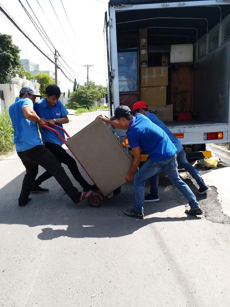 dịch vụ vận chuyển nhà, kho xưởng, văn phòng, taxi tải giá rẻ tp hcm Sài Gòn Xanh 9